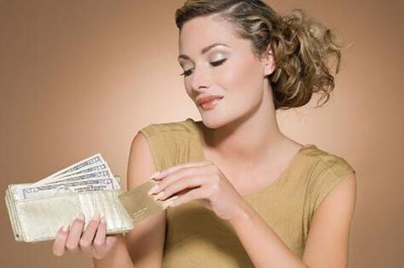 女人什么样的八字有钱人