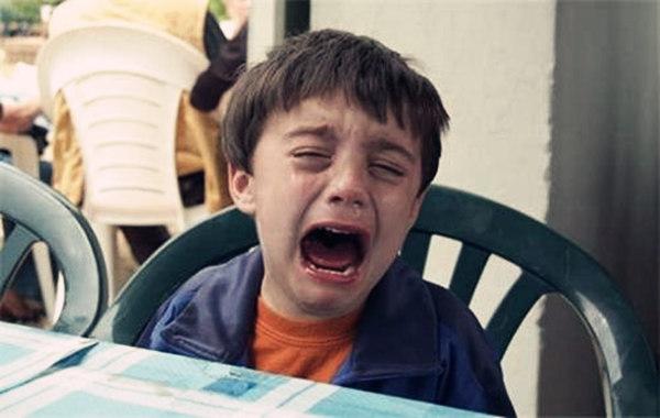 八字看爱哭的孩子