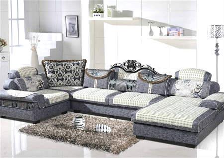 沙发摆旺财