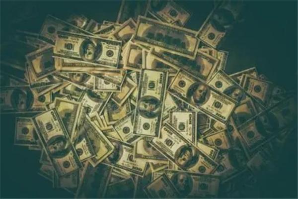 有钱的八字.jpg