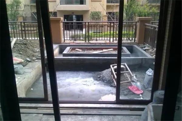 阳台下水道设计风水.jpg